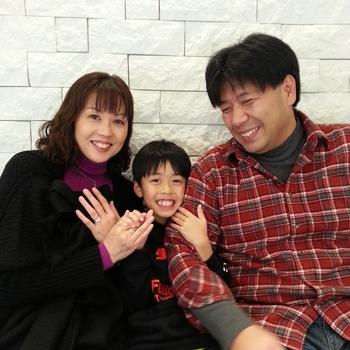 NAOYAとMAYUMIとTAKUYAはスノウ広島本通店のお客様.jpg