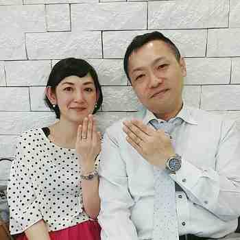 YOSHIAKIとKAKUKOはスノウ広島本通店のお客様.jpg